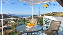 Holiday Apartment  in Massa Lubrense / Monticchio, Sorrento Coast - 2 Bedrooms - Sleeps 4 - Terrace and Sea View
