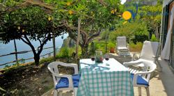Holiday apartment to rent in Castiglione di Ravello  (3 km from Amalfi) - 1 Bedrooms - Sleeps 2 - Sea View, terrace and garden